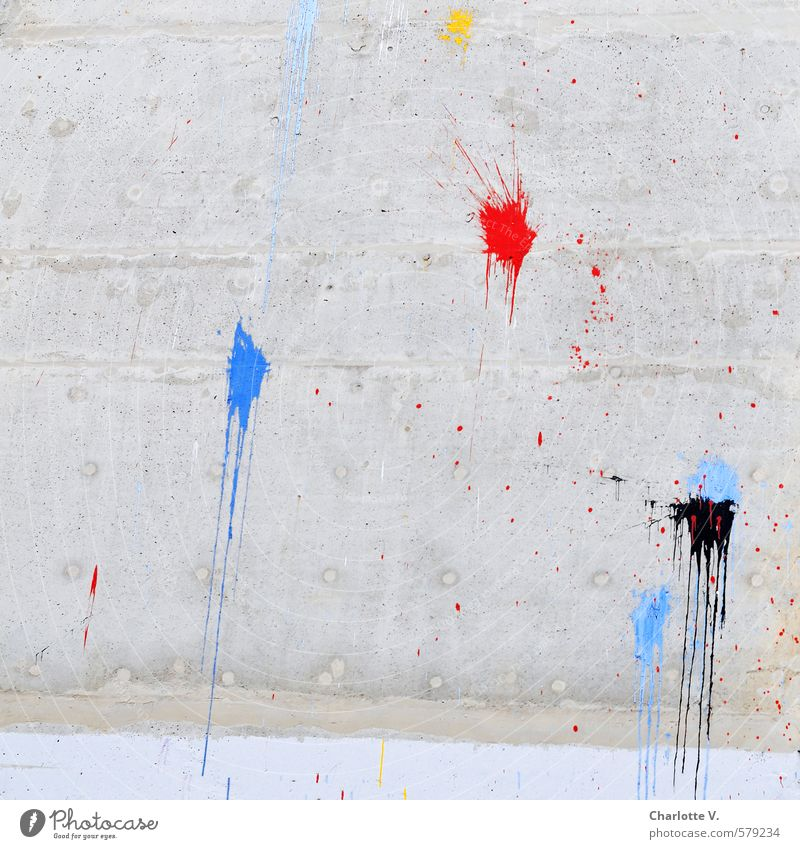 Farbkleckse Subkultur Bauwerk Gebäude Plattenbau Mehrfamilienhaus Mauer Wand Dekoration & Verzierung Farbfleck Farbstoff Beton Ornament Graffiti Linie Streifen