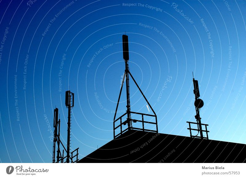 DSL-Verfügbar Antenne Dach Hallo blau Himmel dinger auf dem dach Begrüßung antenna nikon d70