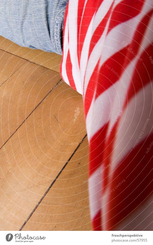 sleeping clown Mensch Mann weiß rot Farbe Holz schlafen Jeanshose USA Bodenbelag Kleid liegen Streifen Hose Hemd Clown
