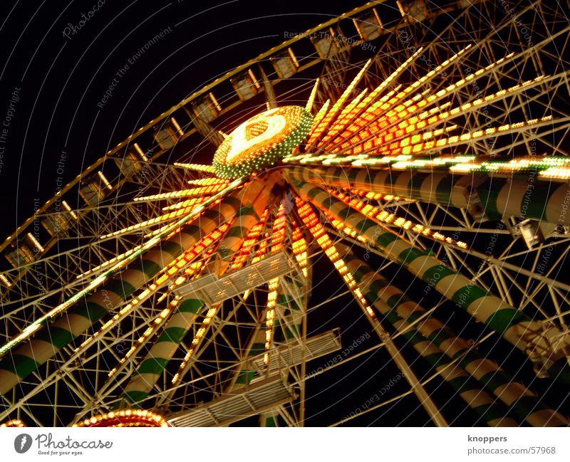 Riesenrad bei Nacht | die Dritte Freude dunkel Beleuchtung Feste & Feiern Romantik Lichtspiel Vergnügungspark Stadtfest Fahrgeschäfte Schützenfest Sendgericht