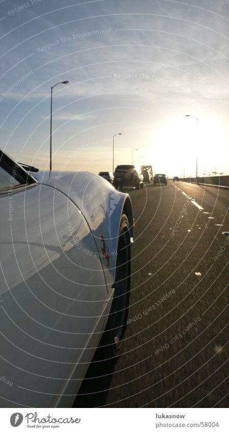On the road San Francisco Kalifornien Physik Gegenlicht Abenddämmerung Verkehr Reflexion & Spiegelung Kran ferrari PKW car Straße autobaht freeway Wärme