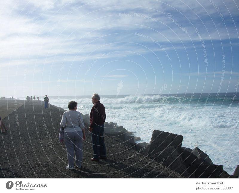 jardim maritim 2 Mensch Meer Küste See Wellen Wind Nebel Beton Spaziergang Sturm Anlegestelle Brandung Gischt Deich Wellengang Teneriffa