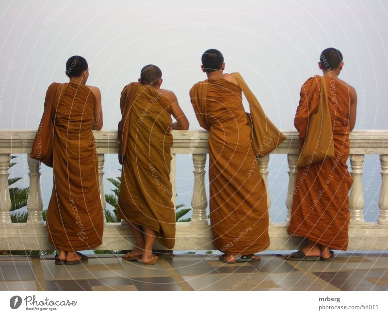 weitblick Mönch Ferne Aussicht Religion & Glaube Asien Buddhismus orange