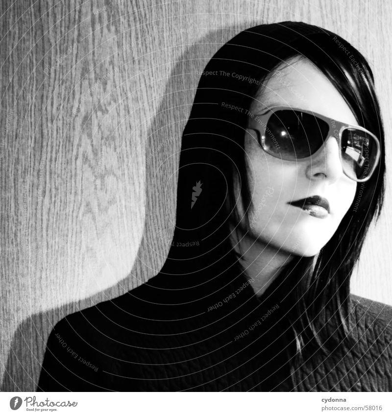 Sunglases everywhere Sonnenbrille Stil Model Photo-Shooting Lippen Porträt Frau retro session Mensch Blick Gesichtsausdruck Haare & Frisuren Kapuze