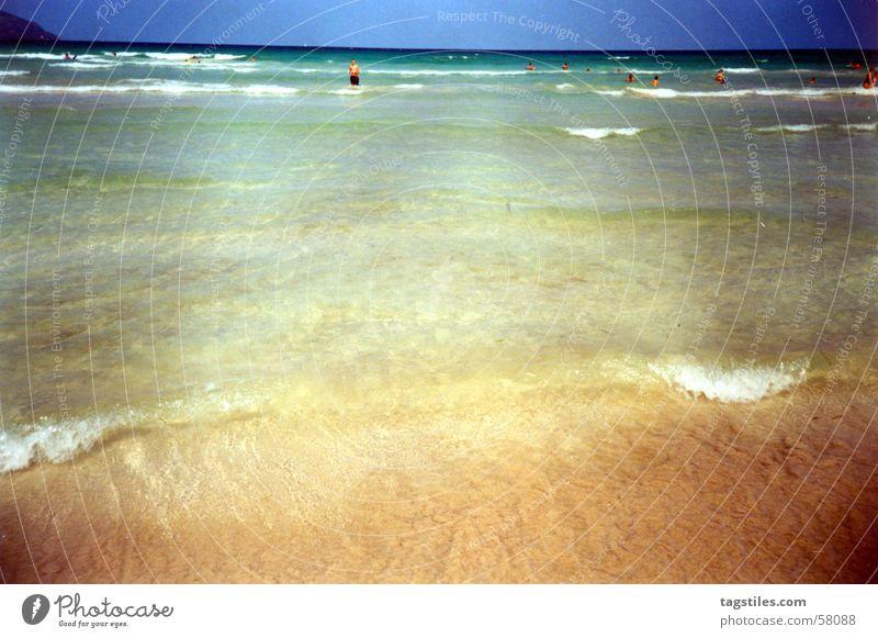 Sommer - Brandung von Mallorca Meer Wellen Strand Meerwasser Spanien Ferien & Urlaub & Reisen träumen Erholung Physik Freizeit & Hobby Außenaufnahme Freude