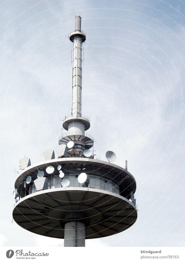 Funkturm modern Technik & Technologie Kommunizieren Turm Radio Informationstechnologie Antenne Funktechnik Informatik Funkturm Rundfunksendung Parabolspiegel CB-Funk Richtfunk Hochfrequenztechnik Radio-Frequenz-Interferenz