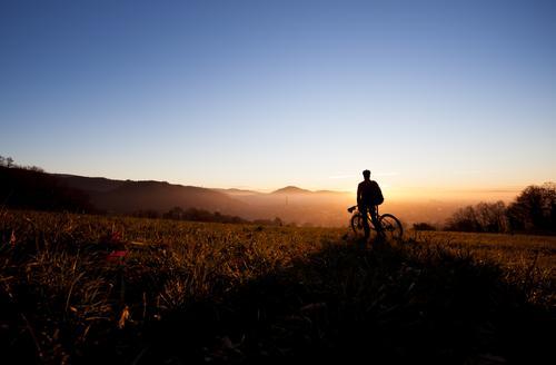 Der Berg Radler Freude Freizeit & Hobby Ferien & Urlaub & Reisen Tourismus Ausflug Ferne Freiheit Fahrradtour Berge u. Gebirge Sport Fitness Sport-Training