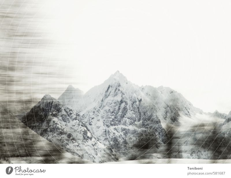 Lyngen Natur Landschaft Winter kalt Berge u. Gebirge Schnee Abenteuer Gipfel Ewigkeit Schneebedeckte Gipfel Norwegen Ausdauer standhaft erhaben majestätisch