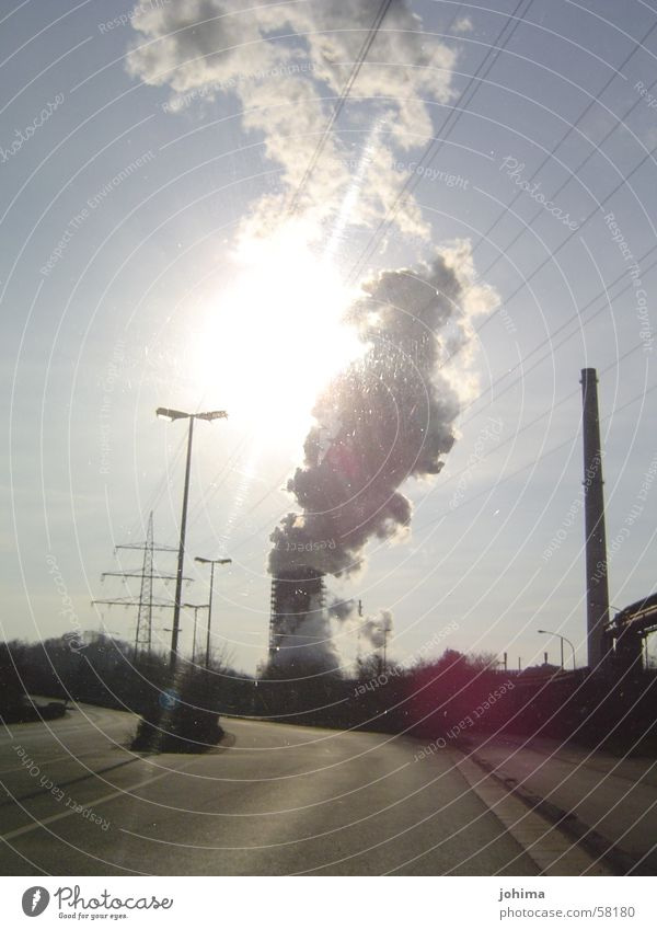 ...licht im pott Sonne Straße Industriefotografie Rauch Schornstein Ruhrgebiet