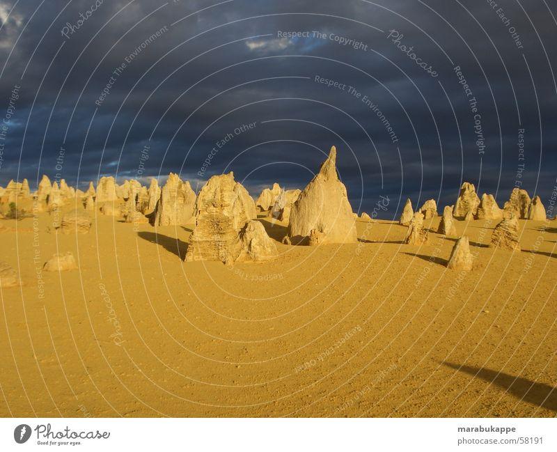 Pinnacles Felsen gruselig Gewitter Australien Gänsehaut Sandstein Mondlandschaft