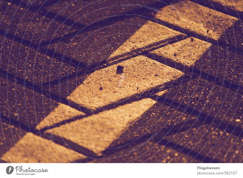 streetart Fahrrad Stadtzentrum Stadtrand Mauer Wand Straßenverkehr Autofahren Wege & Pfade Stein Beton Backstein Kunst parken Parkplatz Parkhaus Parkbucht