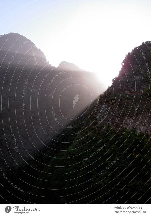 Gegenlicht Sonnenuntergang Wolken Licht La Palma ruhig frisch Ferien & Urlaub & Reisen Erholung Berge u. Gebirge Himmel Landschaft Freiheit Natur