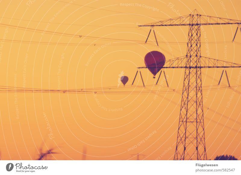 Freiheit wohl Ferien & Urlaub & Reisen Tourismus Ausflug Abenteuer Ferne fliegen Luftverkehr fliegend Ballone Luftballon Ballonfahrt Ballonkorb Ballonstart