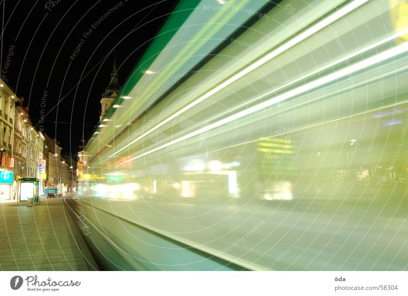 Lights&Movement Langzeitbelichtung Licht Straßenbahn fahren Gleise Hauptplatz Graz Nacht Bewegung Beleuchtung Lampe