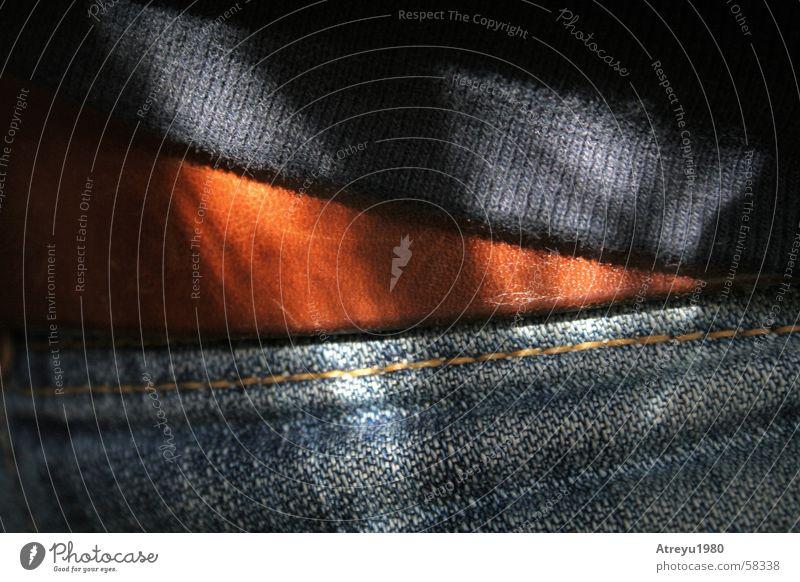 öööhm.. ? eine jeans ein gürtel und ein pullover Sonne blau schwarz braun Jeanshose Hose Stoff Pullover Leder Gürtel Naht