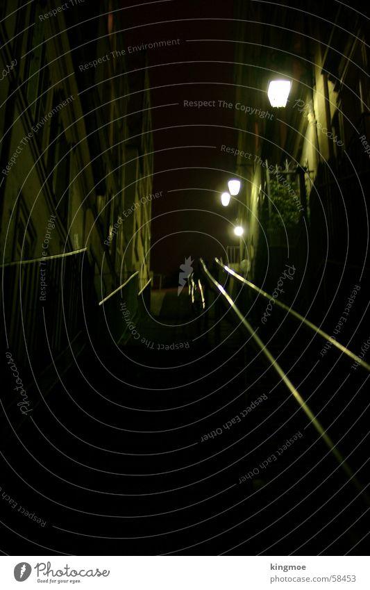 Paris bei Nacht Stadt Straße dunkel Treppe historisch Verkehrswege aufsteigen Gasse
