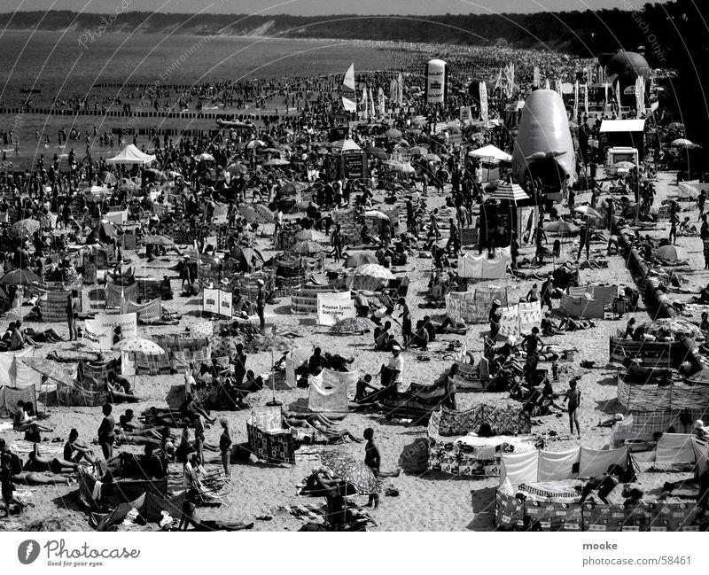 Ustka Strand Sommer Physik Meer Wellen Ferien & Urlaub & Reisen Freundschaft Buhne Tourist Wärme Wasser Ostsee Sand Erholung Stranddüne