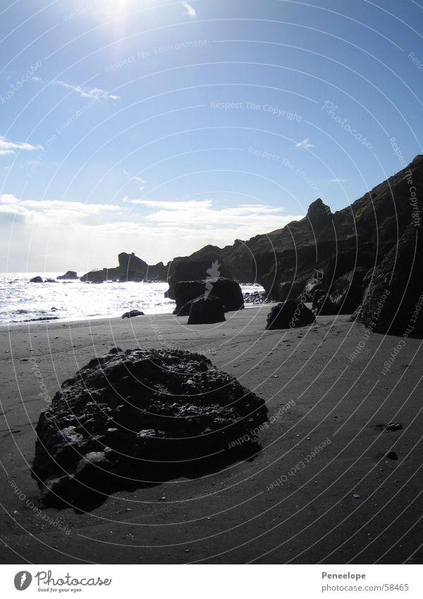 dream beach Wasser schön Himmel weiß Sonne Meer blau Strand Ferien & Urlaub & Reisen schwarz Wolken Ferne Berge u. Gebirge träumen Stein Sand