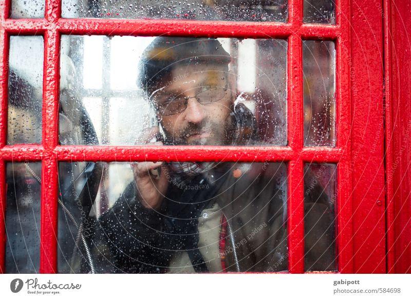 london calling Mensch Jugendliche Ferien & Urlaub & Reisen Mann Stadt rot Junger Mann Erwachsene Leben Stil Zeit Stimmung maskulin Lifestyle Tourismus