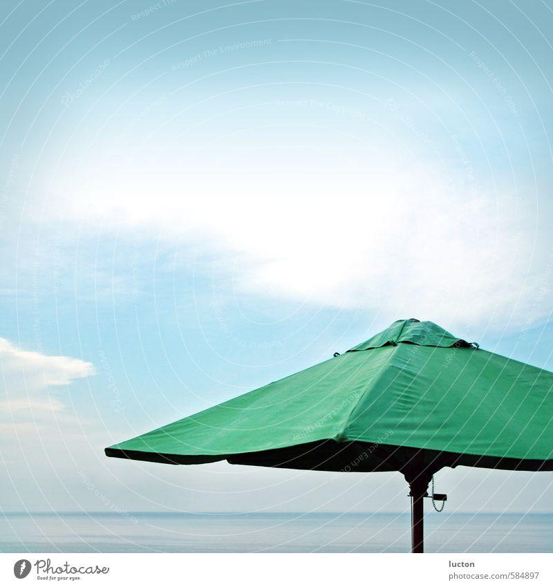 Meerschirm Himmel Natur Ferien & Urlaub & Reisen blau grün Wasser Sommer Erholung Landschaft Wolken Ferne schwarz Küste Freiheit Horizont