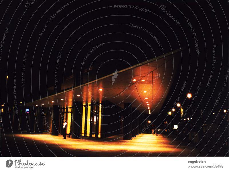 Potsdamer Platz bei Nacht Stadt dunkel Berlin Gebäude Stimmung Perspektive Nacht