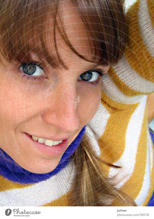 Maja de Bei I gelb violett Denken Mensch gestreift Glück Gesicht