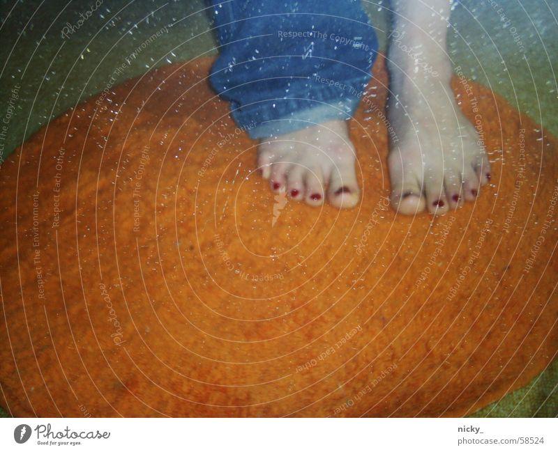 welcome to orange ringum carpet land! blau lustig Fuß orange Kreis Jeanshose Langeweile Barfuß Teppich