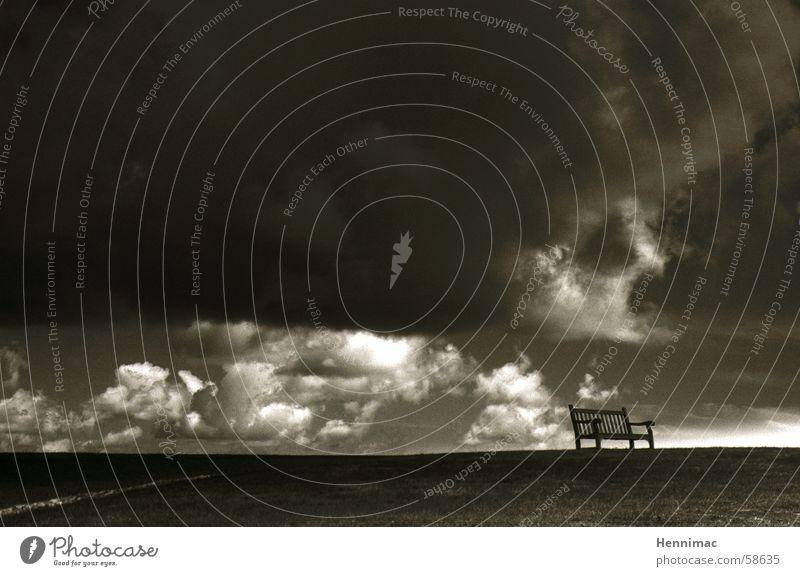 Platz am Himmel Natur schön Himmel ruhig Wolken Einsamkeit Ferne dunkel Erholung Wiese Freiheit träumen Traurigkeit Regen Luft Zufriedenheit