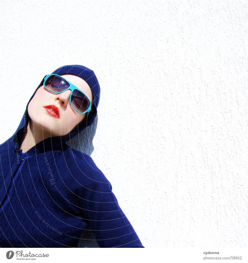 sunglases everywhere XV Frau Mensch Gesicht Stil Haare & Frisuren Haut glänzend Lippen Reihe Kosmetik Gesichtsausdruck Sonnenbrille Kapuze gestikulieren Lippenstift