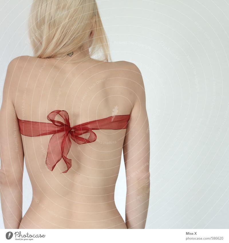 Schenken Mensch Jugendliche Weihnachten & Advent schön nackt Junge Frau 18-30 Jahre Erwachsene Erotik Liebe Gefühle feminin Feste & Feiern Stimmung blond Rücken