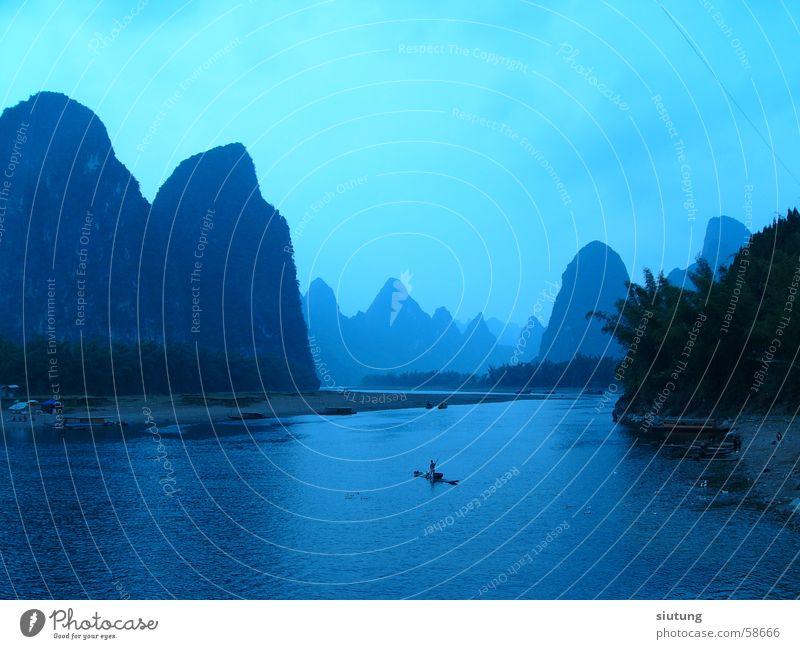 Yangshuo blau Fluss Guilin China Lijang Fluss
