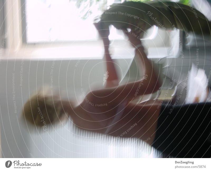 umzug Frau Bewegung Haut blond Bewegungsunschärfe entkleiden