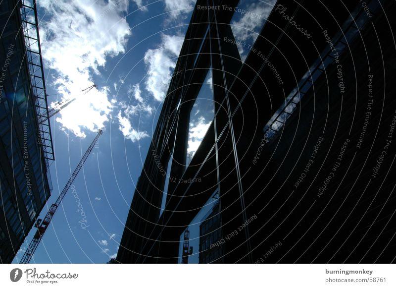 Hochschauen No.2 Himmel Sonne blau Wolken Fenster Gebäude Glas Hochhaus Schönes Wetter