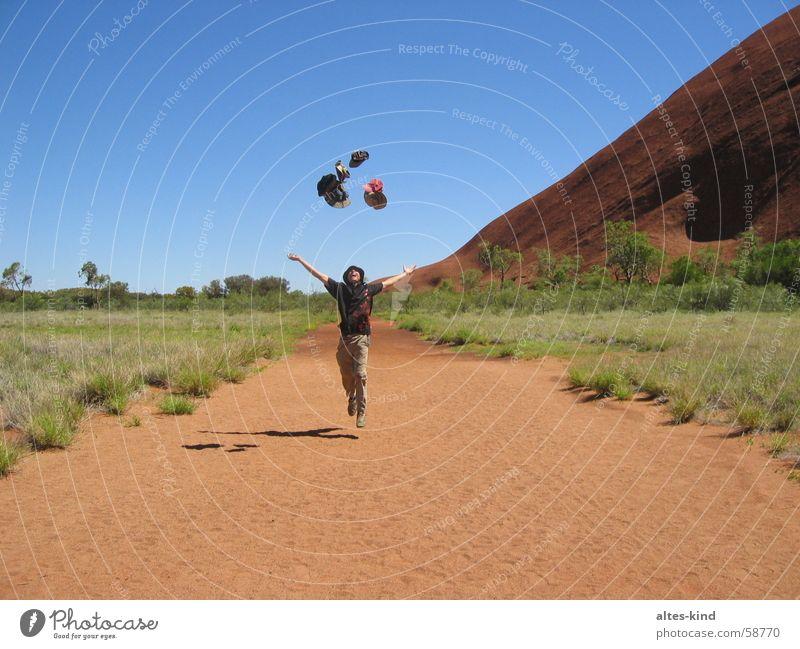 Hut verloren - Hüte gefunden Freude Australien Outback