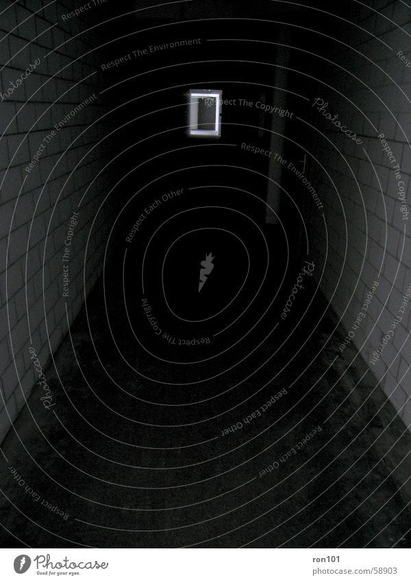 Corridor Of Darkness dunkel Tür Licht Flur Wand schwarz weiß darkness corridor Bodenbelag Gang