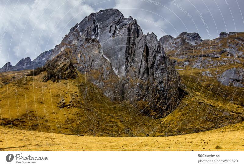 Felsen Wiesen in den Anden, Huaraz Peru Natur Ferien & Urlaub & Reisen Sommer Landschaft Ferne gelb Umwelt Berge u. Gebirge grau Freiheit Erde Wind Tourismus