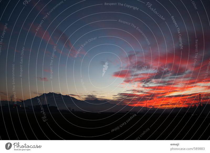 Pilatus Umwelt Natur Landschaft Himmel Alpen Berge u. Gebirge dunkel natürlich blau Farbfoto Außenaufnahme Menschenleer Textfreiraum unten Dämmerung Nacht