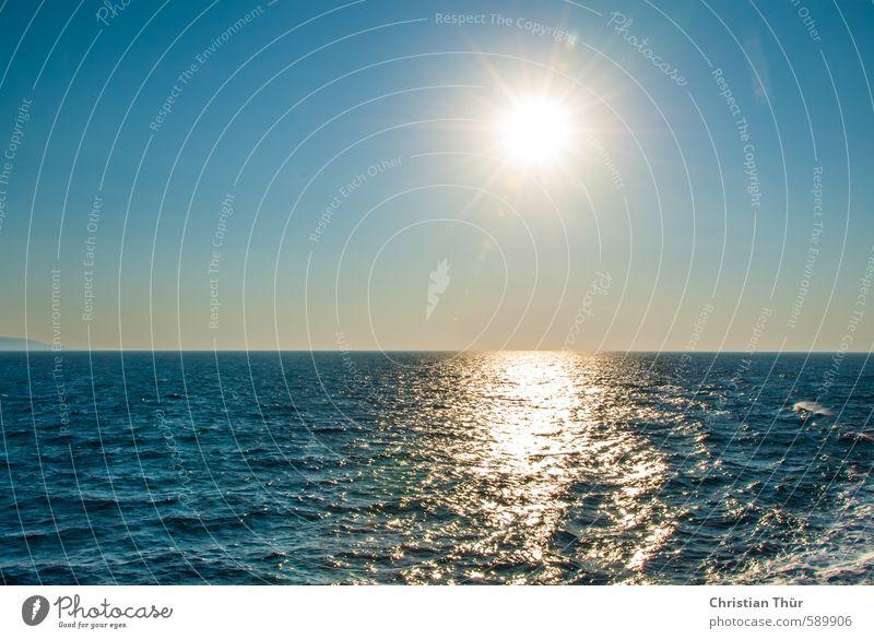 Nachmittagssonne am Meer Ferien & Urlaub & Reisen blau weiß Sommer Meer Erholung ruhig Ferne Freiheit Schwimmen & Baden Glück Horizont Wellen Zufriedenheit Ausflug Unendlichkeit