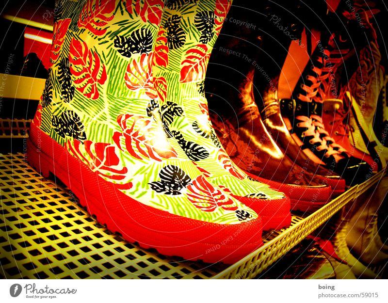 ready for Ostermarsch Sommer Regen Schuhe Mode laufen Bekleidung Ladengeschäft Stiefel verkaufen Gummi Regal Gummistiefel Händler Schuster Schuhgeschäft