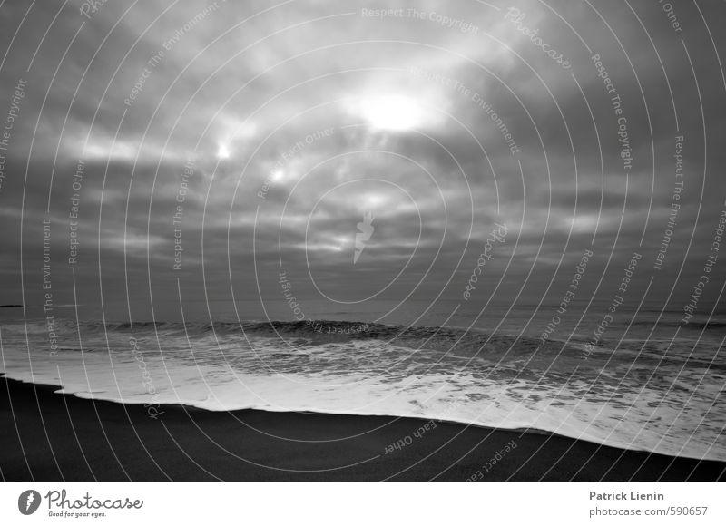 Darkest Before Dawn Umwelt Natur Landschaft Urelemente Sand Luft Wasser Himmel Wolken Gewitterwolken schlechtes Wetter Unwetter Wind Nebel Regen Wellen Küste
