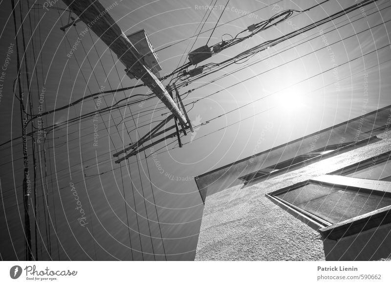 Under The Same Sun Stadt Haus Fenster Wand Mauer Gebäude Stadtleben Kraft Zufriedenheit modern Elektrizität Kreativität Güterverkehr & Logistik USA Umzug (Wohnungswechsel) chaotisch