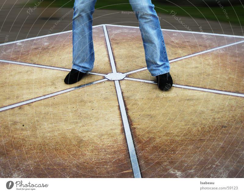 Move It! blau schwarz Bewegung Holz Schuhe Beine braun 2 Geschwindigkeit Jeanshose paarweise Hose drehen Schwung Plattenbau