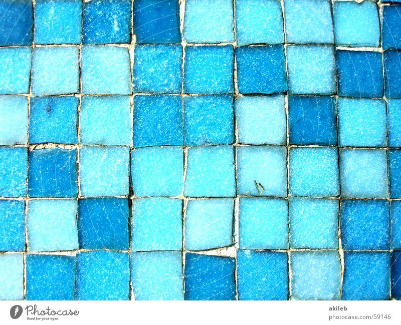 Mosaik (3) hell-blau Außenaufnahme Wand glänzend Quadrat Reflexion & Spiegelung Handwerk Fliesen u. Kacheln Coolness Nahaufnahme Strukturen & Formen Perspektive