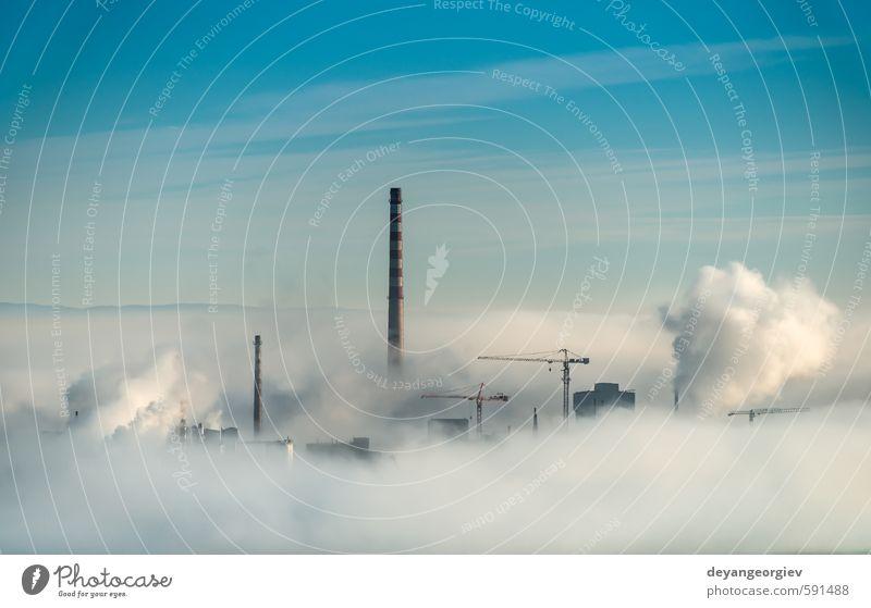 Fabrikschornsteine und Dampfwolken Industrie Technik & Technologie Umwelt Natur Pflanze Luft Himmel Wolken Klima Nebel Stadt Schornstein dreckig blau weiß