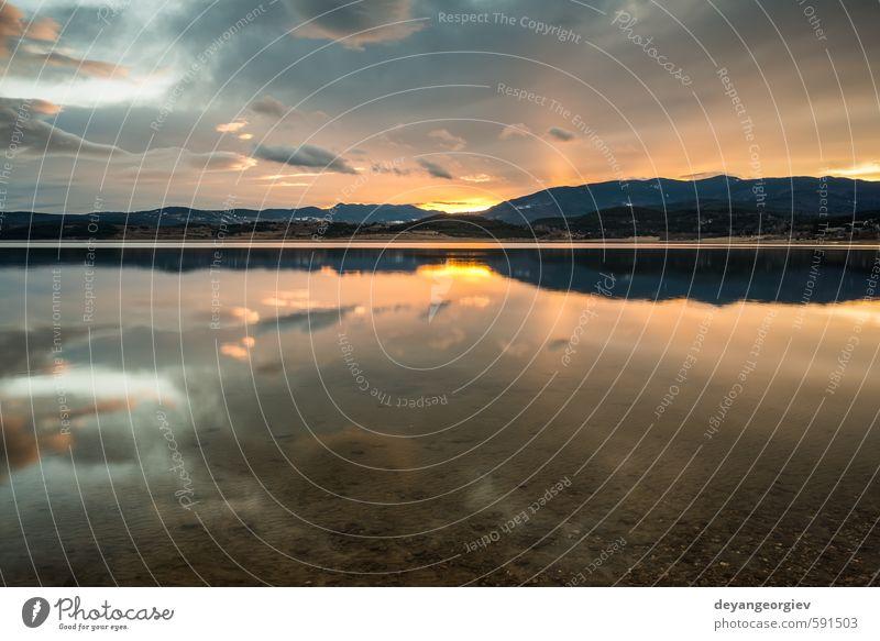 Himmel Natur Ferien & Urlaub & Reisen blau schön Farbe Sommer Sonne rot Landschaft Wolken gelb Umwelt Berge u. Gebirge natürlich See