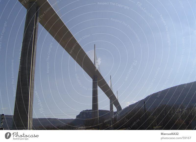 Brücke bei Millau/Cevennen/Südfrankreich Frankreich Languedoc-Roussillon Cévennes