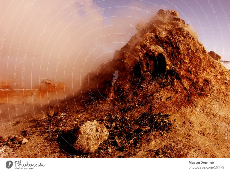 they come from mars Himmel blau rot Berge u. Gebirge Stein Felsen heiß Hügel Rauch Digitalfotografie Wasserdampf karg Marslandschaft Bruchstück Schwefel Mondlandschaft