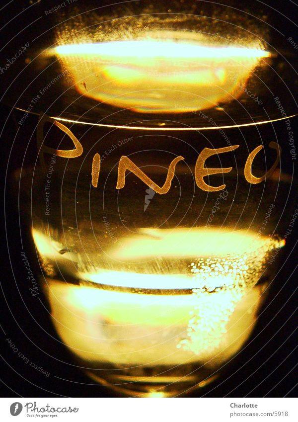 Pineo 1 Wasserglas Licht Lichtbrechung Fototechnik Glas Reflexion & Spiegelung
