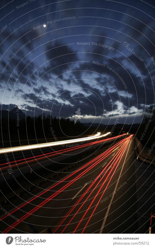 NFS Wolken Autobahn fahren Geschwindigkeit Verkehr weiß rot Linie Eile Straße Scheinwerfer Stern