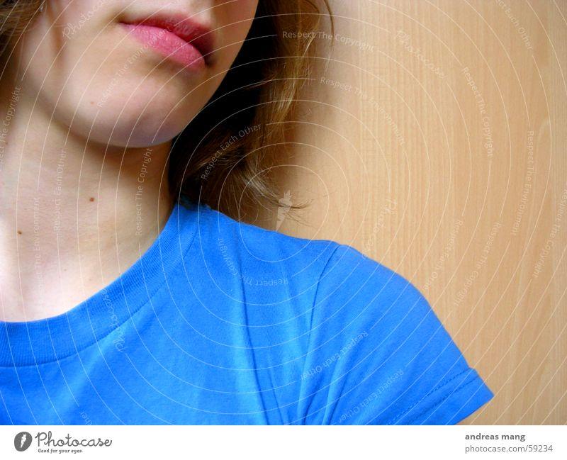 Thinkin' blau Haare & Frisuren Mund T-Shirt Lippen Hals Kinn